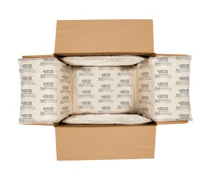 Cardboard box lined with Woolcool packing insulation