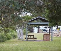 Picnic shelter in Arakoon National Park