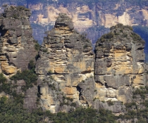 Three Sisters Honeymoon Bridge Blue Mountains National Park